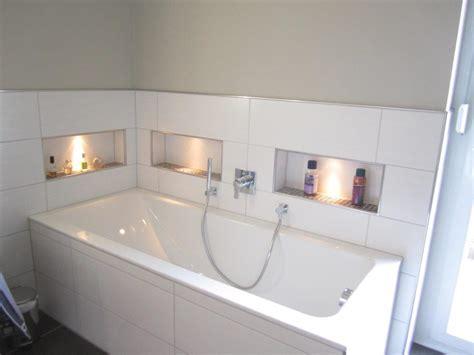 moderne badewanne design bad in erdfarben artur herrmann gmbh