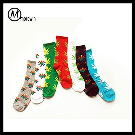 2016 morewin christmas socks wholesale custom marijuana