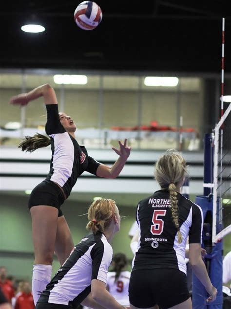northern lights volleyball tournament uw volleyball minnesota outside hitter wilhite commits