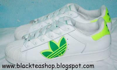 Sale Sepatu Adidas Superstar Putih Lis Hitam Gold blacktea shop jual sepatu sneaker adidas superstar