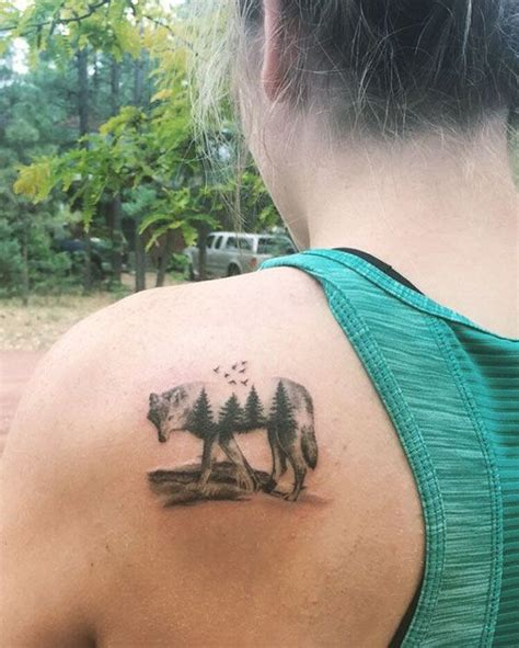 small wolf head tattoo 25 best ideas about small wolf on