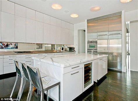 Khloe Kitchen Cabinets by Not Something To Sing About Forced To Lower