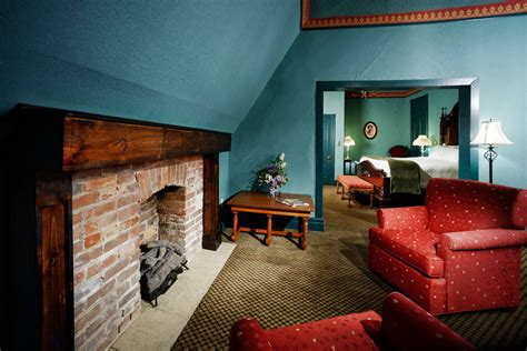 crescent hotel rooms eureka springs arkansas lodging the 1886 crescent hotel and spa