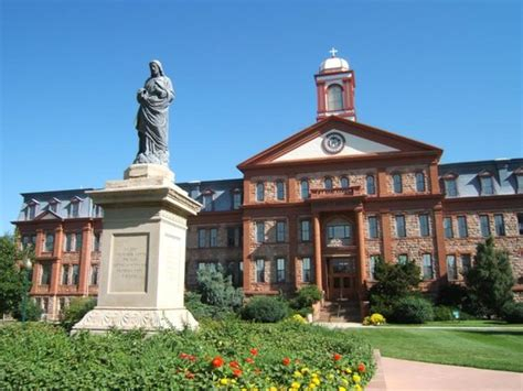Regis Mba School Staff by 30 Schools With The Highest Graduation Rates