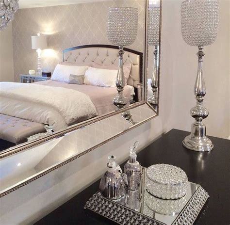 romance in bedroom in hollywood 25 best ideas about glamour bedroom on pinterest