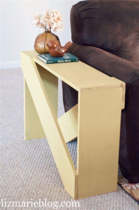 1000 images about diy end tables on pinterest pedestal pallet end tables and retro vintage