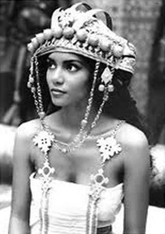 film queen halle berry 30 best images about solomon sheba on pinterest jay