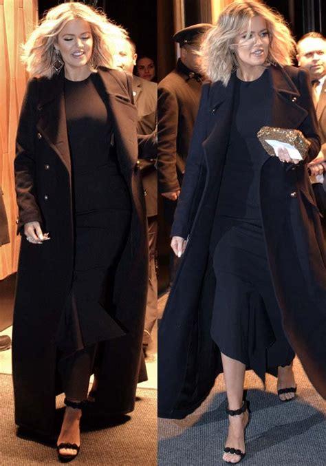 khloe kardashian nude in bathtub khlo 233 kardashian in glossy black embellished ala 239 a sandals