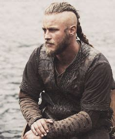ragnor lothbrok hair how to 1000 images about vikings on pinterest ragnar lothbrok