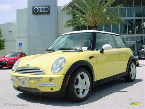 Mini Cooper Yellow by 2004 Liquid Yellow Mini Cooper Hardtop 32098276