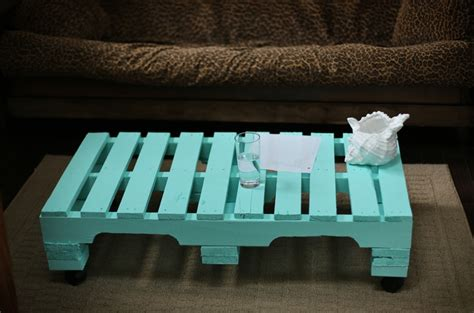 Shipping Pallet Coffee Table 29 Best Images About Decorations Tables Chairs Shelves Ect On Pinterest Shipping Pallets
