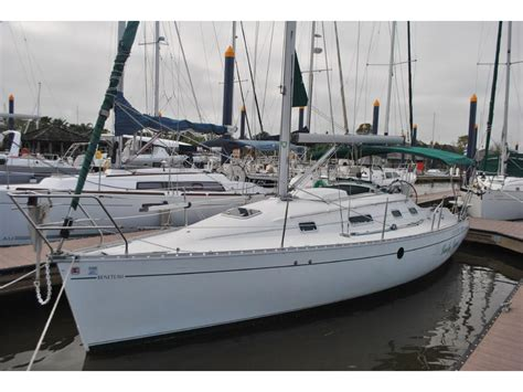 sailboats for sale in texas 1994 beneteau oceanis 300 sailboat for sale in texas