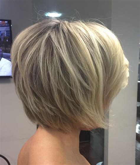 angled and feathered back hair dos 70 cute and easy to style short layered hairstyles