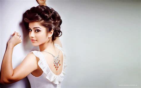 aparnaa bajpai indian actress wallpapers