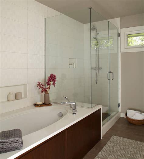 simple tips    small bathroom  bigger