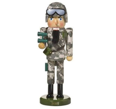 soldier nutcracker nut crackers pinterest