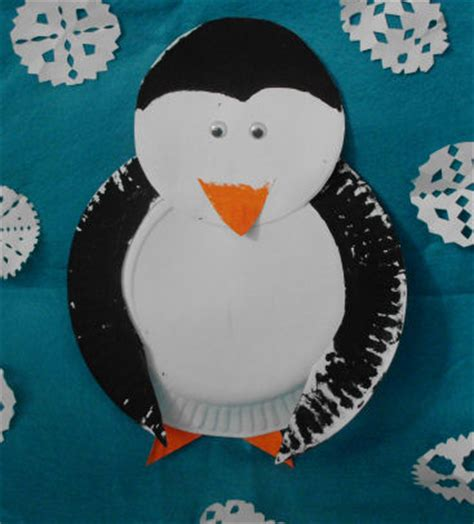 Penguin Paper Plate Craft - winter crafts to make with paper plate penguin