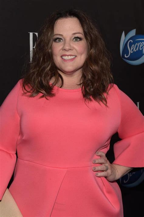 actress mccarthy melissa mccarthy didn t know chris hemsworth was funny