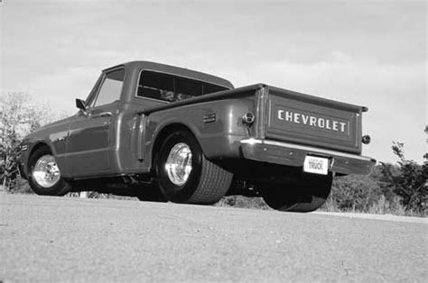 a guide to 1967 1972 chevy/gmc pickup trucks sport truck