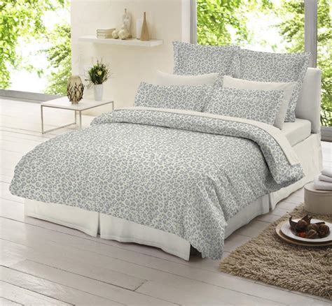 Cheap King Size Duvet Covers : Classic Bedroom Design with