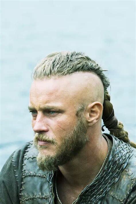ragnar lothbrook hairstyle viking ragnar lothbrok s hairstyle from vikings