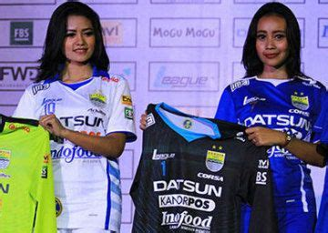 Trucker Persib Football Club 3 17 best images about football jersey indonesia on balikpapan home and bandung