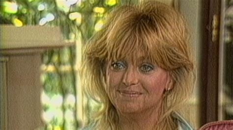goldie hawn now photos goldie hawn glows talking about kurt russell in 1986