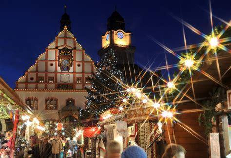 wann fängt weihnachten an der plauener weihnachtsmarkt 2015 stadtleben stadt plauen