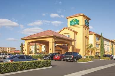 pet friendly hotels  paso robles california accepting