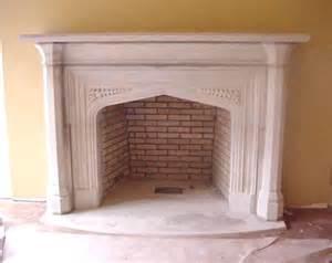 kamin auf englisch tudor artisans carved limestone fireplaces door