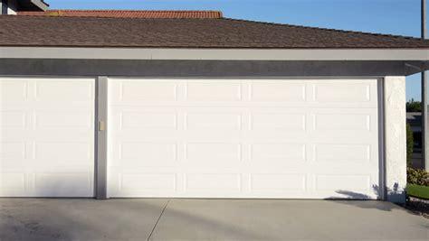 choosing a garage door opener automatic garage door openers secure garage door barrie automatic garage doors 100 how to