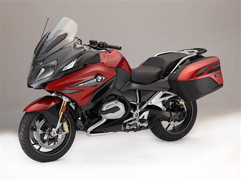 bmw r1200rt 2018 almost all 2018 bmw motorcycles get updates autoevolution