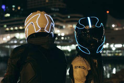 Motorrad Helm Designen by Lightmode Ein Sicherheits Motorrad Helm