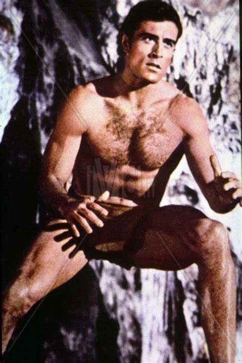 who is the actress with tarzan in the geico commercial actor mike henry quot tarzan quot played professional football