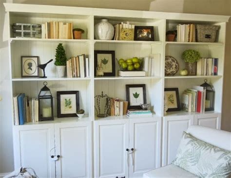 how to decorate bookcases built ins best 25 decorate bookshelves ideas on book