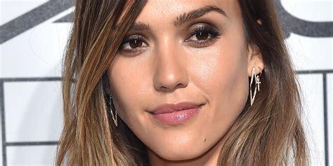 Alba At 2015 alba glows in makeup free selfie