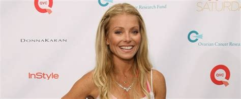 kelly ripas gorgeous daughter teaches mom how to take a kelly ripa s secret to stay healthy workout diet