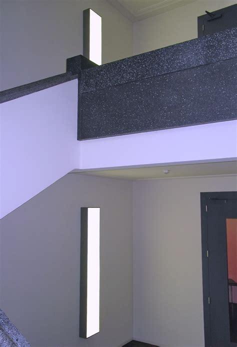 treppenhaus leuchten leuchte treppenhaus fr das treppenhaus mit weien diffusor