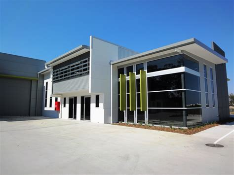 warehouse units labrador gold coast for lease