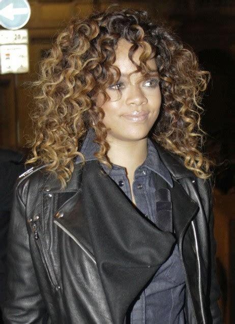 celebrity long curly hairstyles  bakuland women