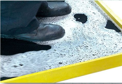 Washing Mat by Bootwash Heavy Duty Rubber Mat With Bristles To Clean Boots The Wholesale Matting Company