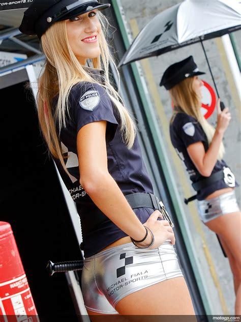 paddock girls  brno autoevolution