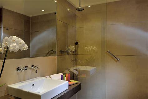 camere con in camere hotel bologna scopri tutti i comfort savhotel