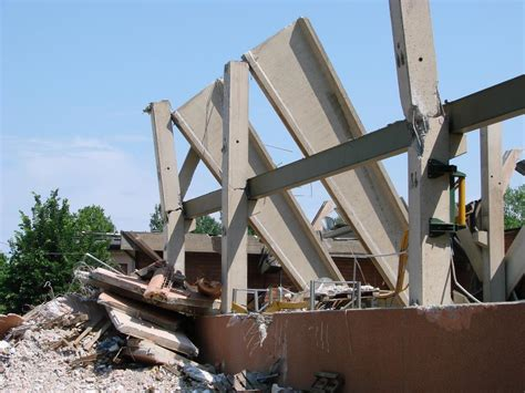 earthquake and structures earthquakes don t kill our collapsing structures do