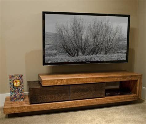 Rak Tv Import meubles t 233 l 233 en bois pour un look rustique ou classique
