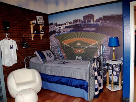 new york yankees bedroom ideas boys baseball room but instead of new york yankees it would be san francisco giants