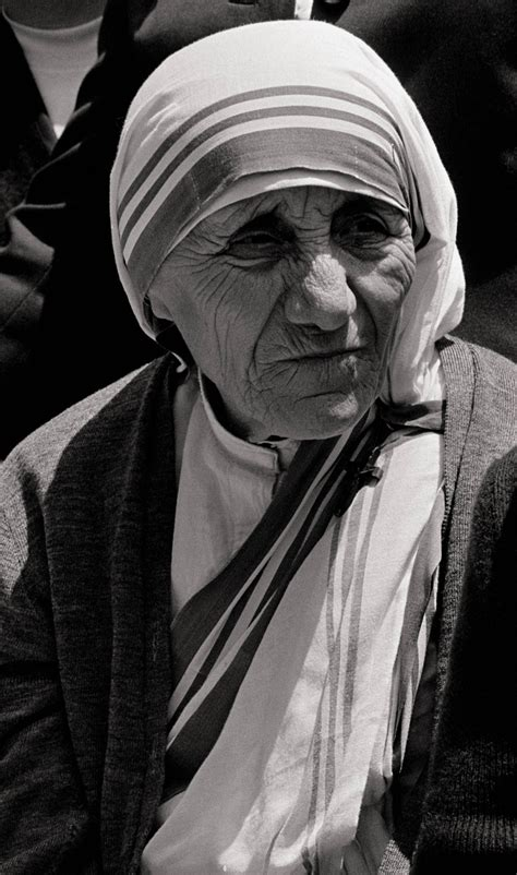mother teresa nobel peace prize biography in hindi 17 best images about monastic life on pinterest st