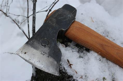 wetterlings les stroud les stroud bushman axe bushcraft canada