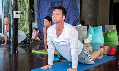 Detox Thailand Cheap by Where Is The Retreat Nick Knowles Is At The Healing
