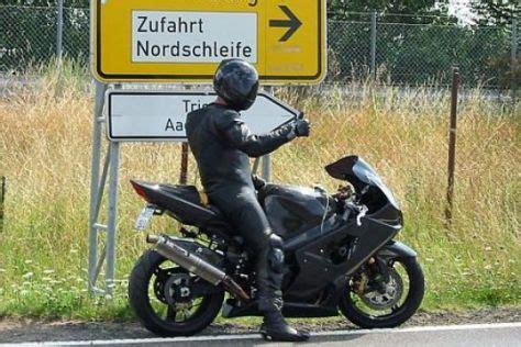 Motorrad Versicherungsvergleich Schweiz by Motorradunf 228 Lle Viele Biker Sind Selbst Schuld Autobild De